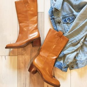 Banana Republic leather pull on boots